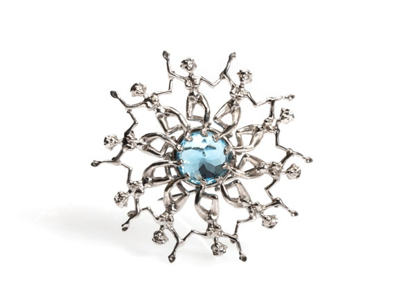 Water Ballets Brooch (Comes with Climbing Man Pin Gift )
