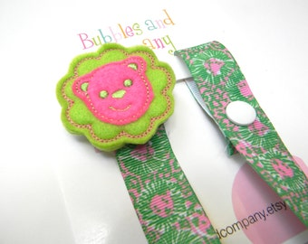 Lilly Pulitzer pacifier clip - pacifier clip - lion pacifier clip - lilly baby gift - binky clip - pacifier keeper - lilly pacifier holder