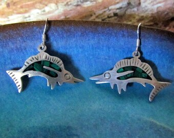 Vintage Mexican Sterling Silver Inlaid Malachite Chip Fish Earrings