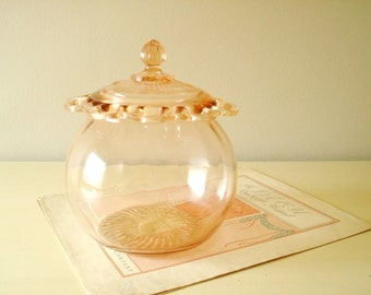 Pink depression glass cookie jar, Anchor Hocking Lace Edge / Old Colony, 1930s serving piece, peachy pink blush color, Art Deco decor