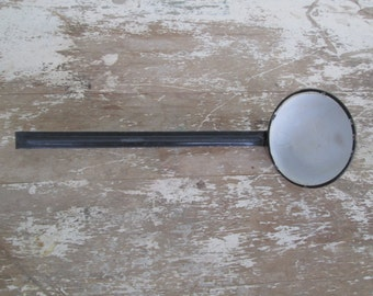 White enamelware ladle serving spoon French country kitchen Farmhouse Farm House Country Kitchen,Cottage Kitchen,Tableware