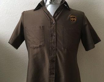 Vintage Apparel Men's 90's UPS Shirt, Brown, Short Sleeve, Button Down (S)
