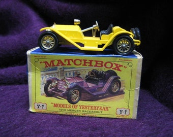 "Y7 1913 Mercer Raceabout Type 35J Matchbox ""Models of Yesteryear"" Yellow"