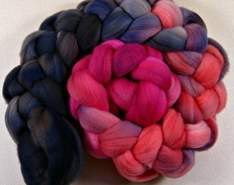 Coralberry 1 merino wool top for spinning and felting (4.1 ounces)