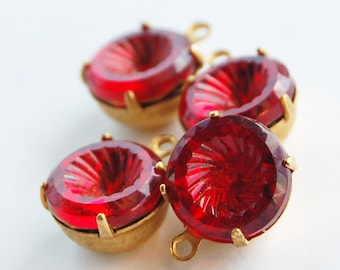 Vintage Ruby Red Glass Pendants 4 Concave Glass Round Pendant Beads 48ss Brass Setting