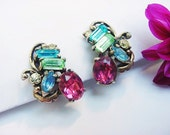 Vintage Hollycraft Patented 1953 Pastel Crystal Rhinestone Clip On Earrings Pink Blue Green Yellow
