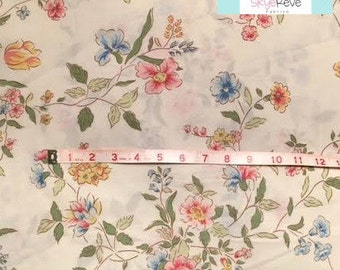 Queen Vintage Fitted Sheet with Pretty Floral