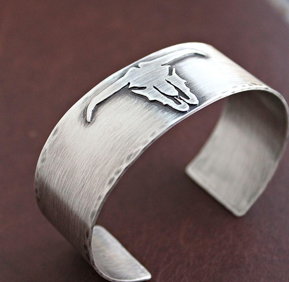 mens longhorn skull bracelet mens sterling silver cuff. Black Bedroom Furniture Sets. Home Design Ideas