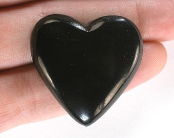 DVH Russian Jet Polished Heart Cabochon Mourning Gem 32x31x6mm (6999)