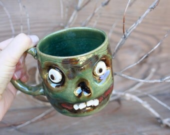 Zombie Coffee Cup in Green. Scary Spooky Halloween Undead Skull. Creepy Fun Coffee Cup. Zombie Lover Walking Dead Beer Mugs. Ceramic Pottery