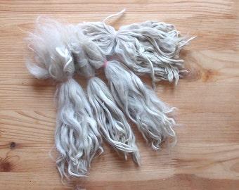 Suri Alpaca locks raw 7-8 in unwashed white premium for Doll wig - Blythe,  Art Dolls, bjd, pullip, la fiaba russa, lafiabarussa