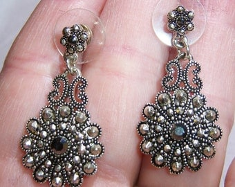 vintage silver tone with black rhinestone dangle and drop pierced earrings 1215A