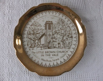 Vintage The Little Brown Church In The Vale Nashua, Iowa Collector Decorative Plate with 22 K Gold The Sabina Line Religious