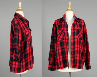 Vintage Red Blue and Green Buffalo Check Boyfriend Flannel Button Up- Woven Button Up Shirt- Size Large L