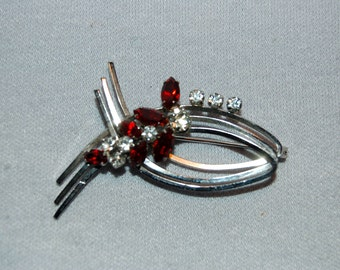 Vintage / Clear / Rhinestone / Red / Brooch / Pin / Silver / jewelry / old / jewellery