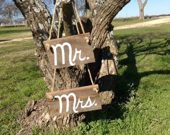 Mr and Mrs Western Rustic Wedding Sign Bridal Barn Wood Bride Groom Hanging Cursive