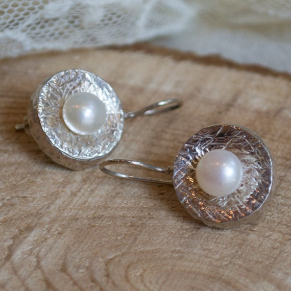 Fresh water pearls earrings, Sterling silver earrings, hammered earrings, hammered silver, classy earrings, casual - Love is touch E7717GS