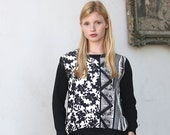 Black and white sweatshirt / Long sleeve slouchy top / floral print elegant pullover  - 30% Off