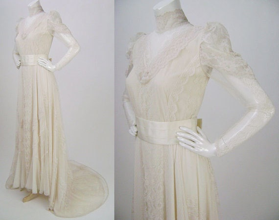 Vintage Wedding Gown, 1980s does 1880s, Victorian /Edwardian -Style Lace with High Collar, Sash, Train, Puffed Illusion Sleeves, B36 W33