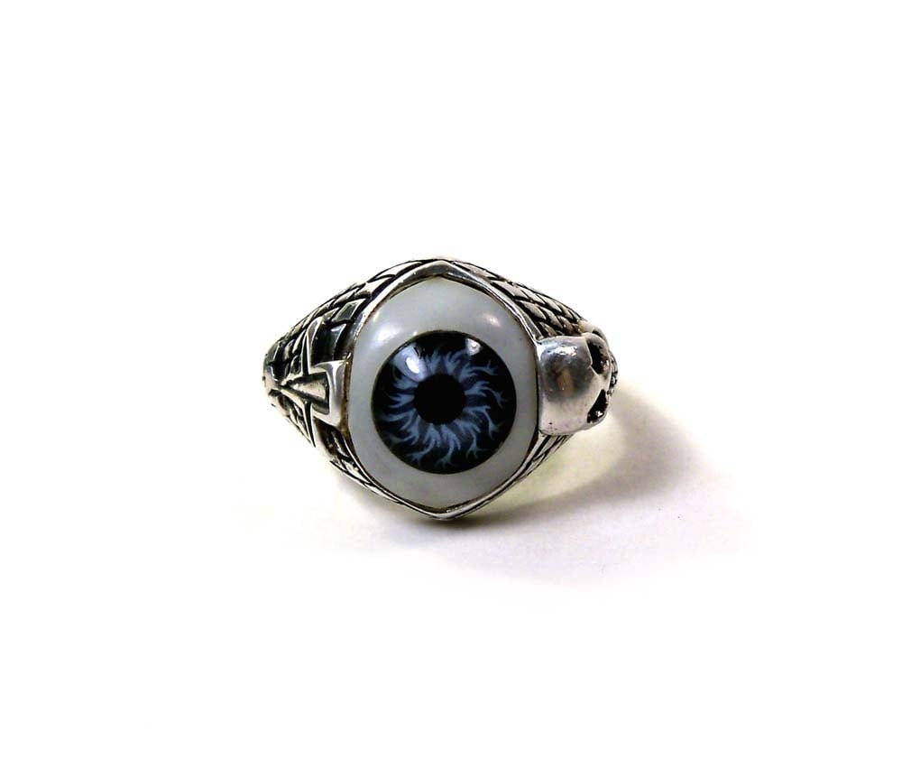 vintage sterling silver evil eye prosthetic eyeball ring with