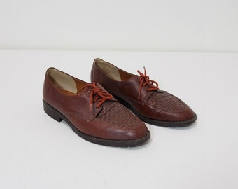 Vintage Chestnut Brown Woven Leather Oxfords Size 7 Lace Up Shoes