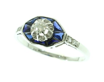 Vintage Art Deco Sapphire Diamond Engagement Ring 18K White Gold Old European Cut Diamond 1920s French Jewellery