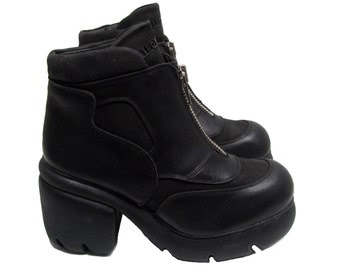 Cyber Punk Zip Ankle Boots Vintage Womens Destroy Black Leather Techno Clubkid Boots From Spain Euro Size 39-40 Fits Wms US Sz 9