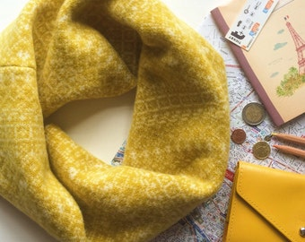 Yellow & white snood, Fair Isle snood, infinity scarf, loop scarf, mustard snood, wool scarf, snood, wool cowl, soft warm, fair isle, cowl