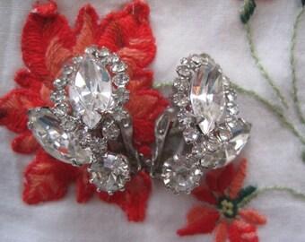Vintage WEISS Rhinestone Clip on Earrings Bride Bridal Wedding
