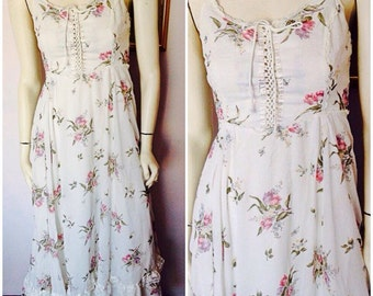 Vtg.70s Gunne Sax White Dusty Rose Lavender Floral print Corset Lace Up Maxi Sun Dress.Small.Bust 34.Waist 26.