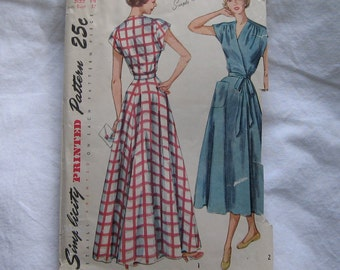 vintage sewing pattern house dress robe house coat wrap with pocket 1940's 1950s 2842 Size 14 Bust 32
