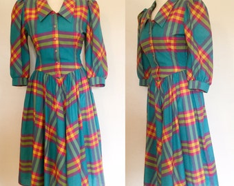 Vintage 80s / Mulit Color / Turquoise / Hot Pink / Yellow / Plaid / Puffed Sleeves / Day Dress / Medium
