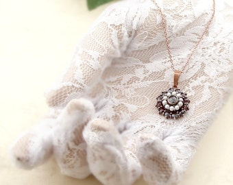 Vintage garnet round pendant with seedpearls in Victorian style|| ГРАНАТ