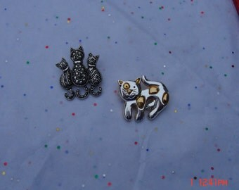 Vintage Silver/Gold Metal Cat Pins/Brooches - Nice