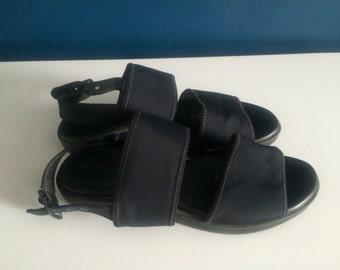 Navy minimal strapy chunky sandals (38)