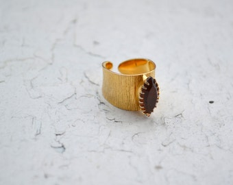Vintage Sarah Coventry Brushed Gold Amber Ring