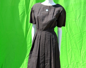 vintage 60's dress GEORGIA BULLOCK Seersucker cotton dress Mad Men style mod california mid century design small dress by thekaliman