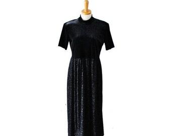 CIJ 40% off sale // Vintage 80s Black Velvet Short Sleeve Formal Dress // Women L // Ronni Nicole, leaf pattern skirt