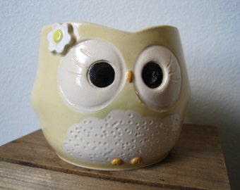 Hooter Owl Mug (Perle) in Butter Yellow With Fancy Flower Handmade Stoneware - Ready To Ship