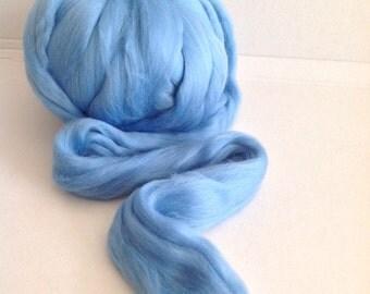 SKY BLUE - MERINO 19mic extra fine - co.no. 220