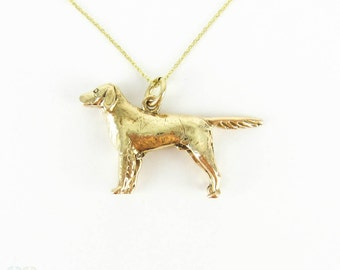 Vintage Pointer Dog Charm, 9 Carat Yellow Gold English Pointer Dog Charm. Circa 1970s on 9k Gold Chain.