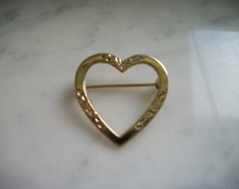 Beau Sterling Silver Etched Heart Brooch Pin
