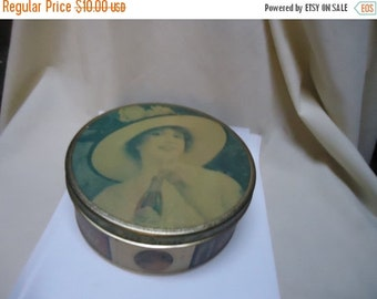 Independence Day Sale Vintage Coca Cola Metal or Tin Cookie Tin, collectable, coke