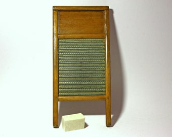 Vintage Wooden Washboard - mid 20th Century