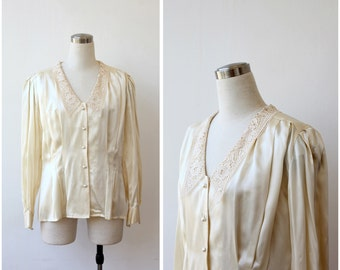 Cream Tone Silk Blouse by Adrianna Papell, Silk Satin Lace Collar Button Up Long Sleeve Blouse M L