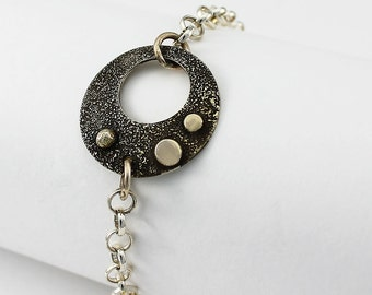 Handcrafted Sterling Bracelet Silverdust Texture Open Circle Rollo Chain 7.5 inches Contemporary Artisan Jewelry Design 9640543111415