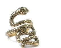 Snake Ring - Gold Snake Ring - Wrap Ring - Coiled Snake - Statement Ring - Snake Jewelry - Rocker - Nature - Animal - Adjustable - Unis