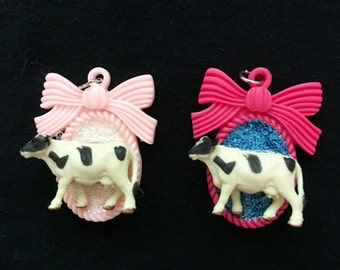 Cow cameo charm necklace