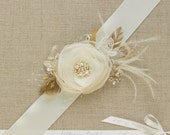 Wedding belt Bridal belt Gold Flower vine Bridal sash Wedding sash Wedding dress belt Wedding dress belt sash Ivory Floral lace bridal belt