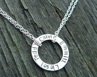 The Mothers Circle - doubled chain version - 11 font choices